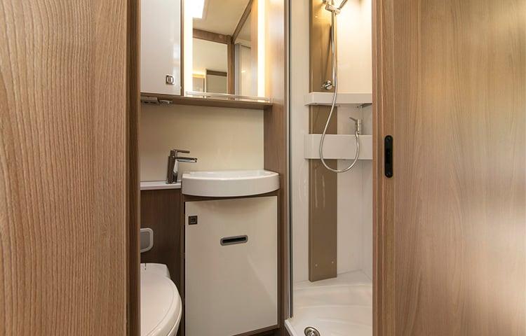 Burstner-bathroom